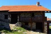 Kalesh Angja's house in the village of Staravina